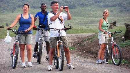 Cycling in Hell's gate, kenya camping safaris